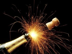 4d0b397d74e8f23827424d6f154dd6d94aa767b2_@SI_Sparkling_Champagne_Holidays